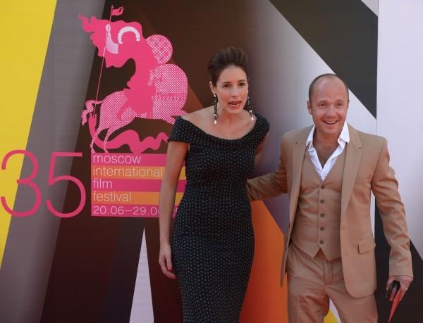 Актер Евгений Стычкина с женой, актрисой Ольгой Сутуловой