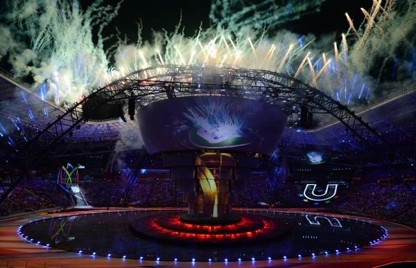 Салют на церемонии открытия XXVII Всемирной летней Универсиады
