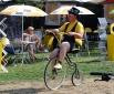 Один из аниматоров в стартовом городке Тур де Франс