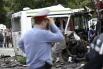 Удар двух транспортных средств был такой силы, что автобус разорвало на две части.