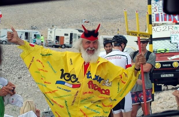 Один из самых знаменитых велоболельщиков - дьявол
