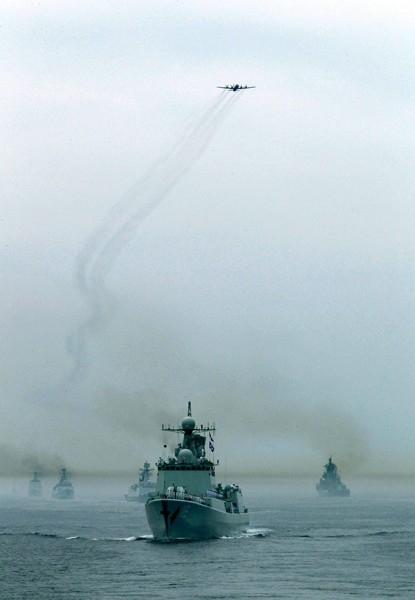 Была проведена имитация отражения воздушной атаки условного противника, роль которого выполнили истребители Су-24 ВВС и ПВО Восточного военного округа.