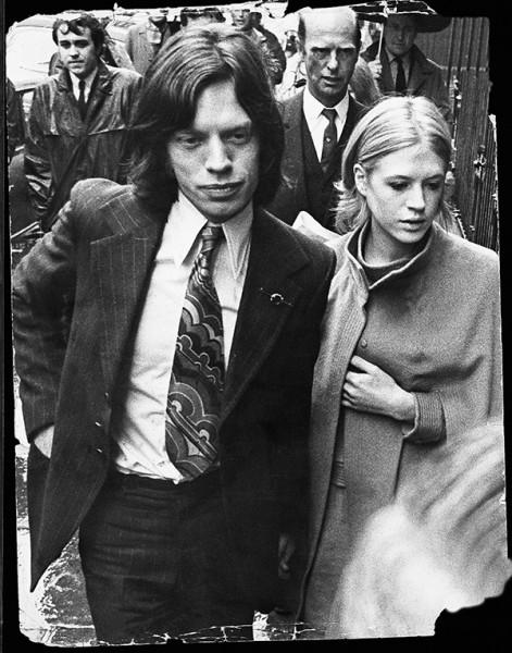 Мик Джаггер  и  Марианна Фейтфулл. 1969 г.