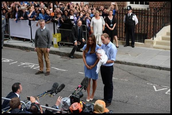 Ребенок, который станет третьим претендентом на британский престол, родился 22 июля в лондонской клинике св. Марии