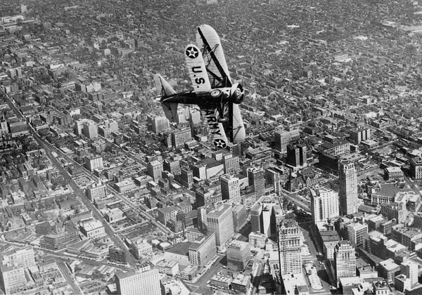 В 1940-х через город прошла одна из первых американских скоростных трасс, М-8.
