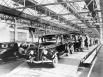 Завод Ford в 1937В 50-х годах XX века Детройт был одним из главных центров машиностроения в США и в ту пору продвигал на государственном уровне программу дешёвых и общедоступных автомобилей.