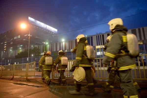Спустя примерно час после первых сообщений о возгорании МЧС отчиталось о ликвидации пожара.