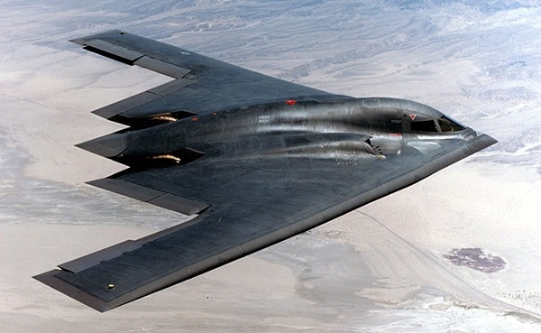 . Northrop B-2 Spirit — американский тяжёлый малозаметный стратегический бомбардировщик. Предназначен для прорыва плотной ПВО и доставки обычного или ядерного оружия.