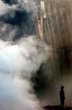 В результате атак 11 сентября погибли 2977 человек (не включая 19 террористов), среди которых 246 пассажиров и членов экипажей захваченных самолётов, а также 125 человек в здании Пентагона. 24 человека остаются в списках пропавших без вести.