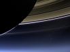 Фотография Земли (самая яркая точка), сделанная «Кассини» вблизи Сатурна.
