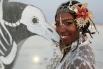 Для других Burning Man - возможность принять участие в костюмированных программах и устроить показ найденных образов.