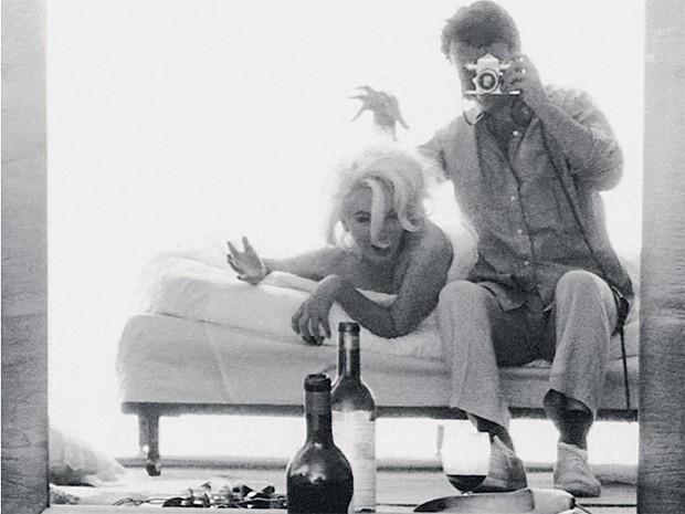 Данное фото Берта Штерна использовалось целым рядом модных журналов, а также стало иконой художественной фотографии середины века.
