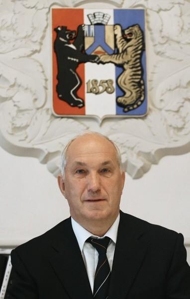 Александр Соколов также сохранил свой пост - на выборах мэра Хабаровска он набрал почти 70% голосов.