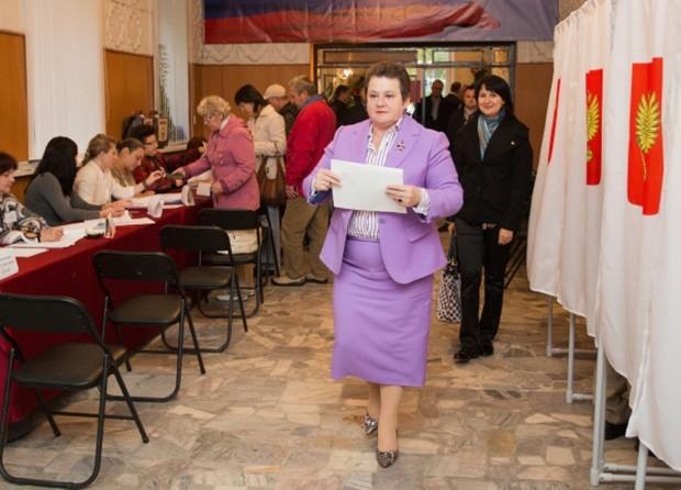 Губернатором Владимирской области избрана Светлана Орлова, набравшая 74,73% голосов. Второе место занял Анатолий Бобров - кандидат от КПРФ получил 10,64% голосов избирателей.