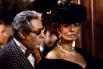Последней совместной работой Софи Лорен и Марчелло Мастроянни, одного из наиболее успешных дуэтов в истории кино, стала ироничная комедия Роберта Олтмена «Высокая мода». К тому моменту карьера Лорен пошла на спад.