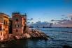 По словам инженеров, первая половина сентября - последняя возможность вытащить Costa Concordia из-под воды. Дело в том, что совсем скоро в Италии начнётся сезон штормов, а после зимы корпус лайнера может быть уже не пригоден для эвакуации.