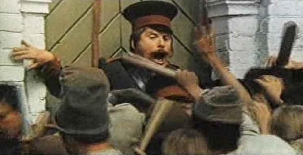 В экранизации «Ревизора» Гоголя Кокшенов сыграл роль полицейского Держиморды, тупого, но исполнительного служаки.