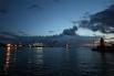 Работы по эвакуации лайнера начались в понедельник в 11.00 по московскому времени, хотя первоначально старт работ был запланирован на 09.00 (07.00 по местному времени). План работ был пересмотрен из-за сильной бури.