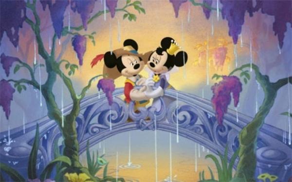 В начале XXI века Walt Disney Studios, отреагировав на свежие тенденции в мультипликации, снова вернулась к выраженно сказочным сюжетам и прекратила всяческие эксперименты с подачей Микки Мауса. Вместо этого продюсеры взяли на вооружение цифровые технологии.