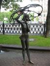 В 2000 году в Минске был установлен памятник «Девушка с зонтиком». Статуя посвящена памяти молодых девушек и ребят, погибших во время давки во время празднования последнего звонка — во время мероприятия погода резко испортилась, и, укрываясь от града, тол