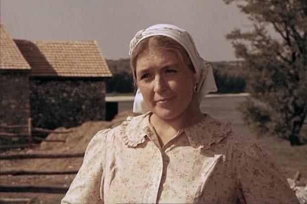 В середине семидесятых Федосеева-Шукшина исполнила роль в картине «Они сражались за родину», в которой главную роль сыграл Василий Шукшин. Актёр скончался 2 октября во время съёмок этого фильма.