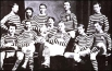 Старейший шотландский футбольный клуб «Куинз Парк», 1974 год. В том году эта команда выиграла первый в истории Кубок Шотландии по футболу.