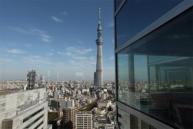 Небесное дерево Токио (634 м). В 2012 году была достроена телевизионная башня в округе Сумида, Токио - самая высокая из действующих телебашен. Название башни было выбрано на конкурсе, проходившем весной 2008 года. Первоначально строительство должно было б