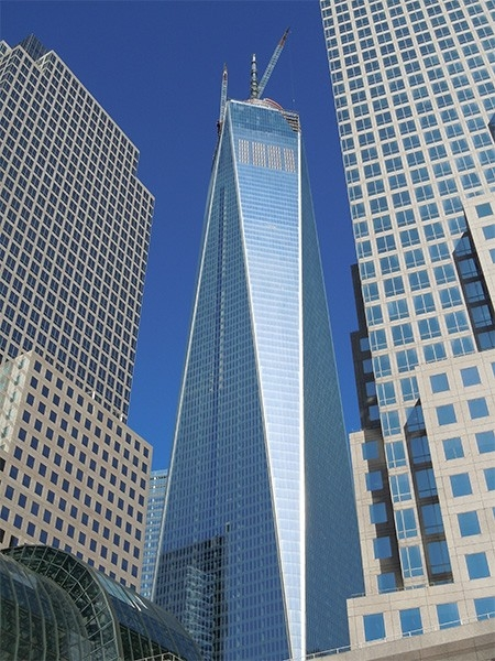 Всемирный торговый центр 1 (541,3 м). На девятом месте рейтинга находится Башня свободы - центральное здание в новом комплексе Всемирного торгового центра, которое было достроено в мае текущего года в нижнем Манхэттене. Башня расположена в северо-западном