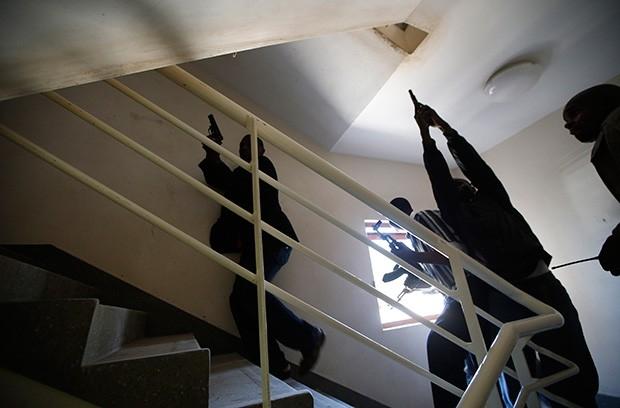 Полиция штурмует торговый центр Westgate.