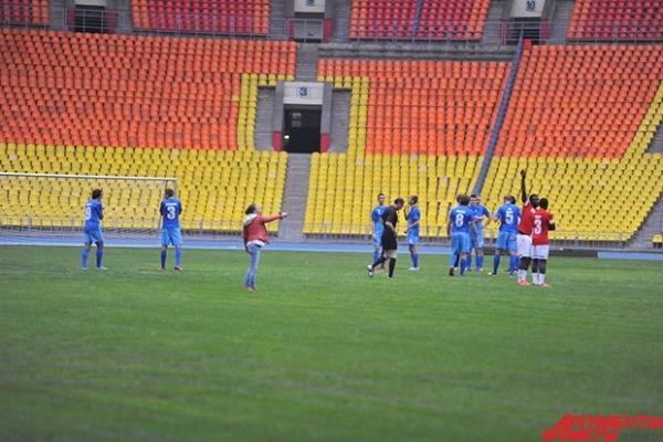 Идеально ровный газон остался в БСА после двух чемпионатов мира: по легкой атлетике и регби-7.
