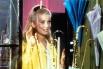 Широкую известность Денёв приобрела после исполнения главной роли в музыкальной мелодраме Жака Деми «Шербурские зонтики», музыку для которой писал Мишель Легран. Интересно, что первоначально роль Женевьев Эмери должна была достаться Изабель Обре, певице,
