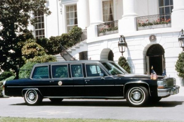 Cadillac Fleetwood 75 Presidential Limousine 1984 года выпуска. На этом лимузине ездил 40-й президент США Рональд Рейган.