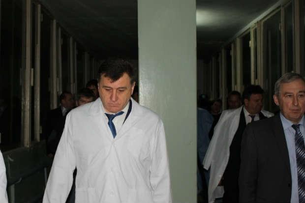 Посещение реанимации произвело тяжелое впечатление и на журналистов, и на представителей власти