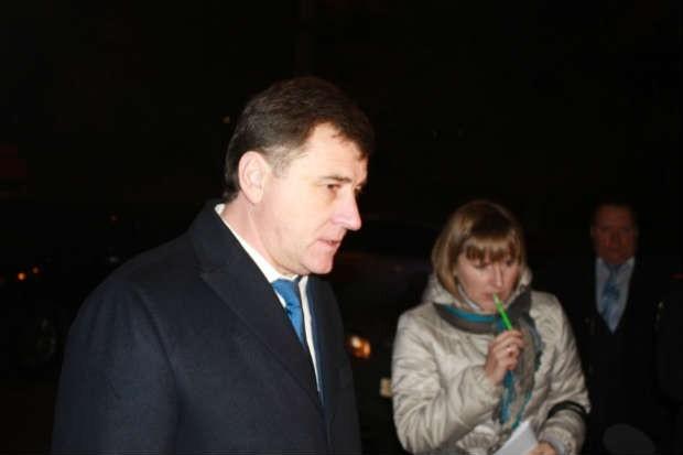 Губернатор сообщил, что в Волгоградской области в память о жертвах теракта объявляется трехдневный траур