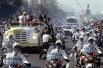 Иоанн Павел II в сопровождении полицейского эскорта во время поездки в Мексику. 25 января 1979 года.
