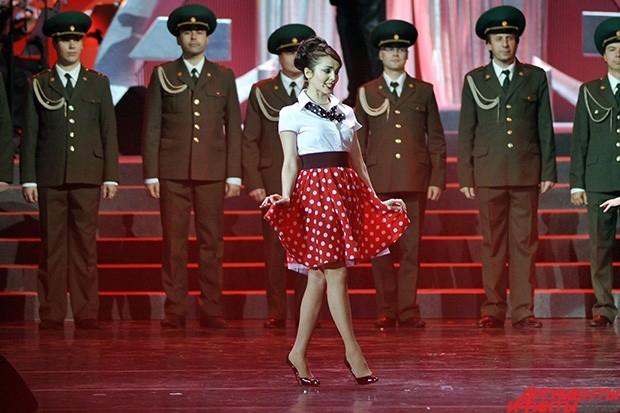 С концертом на церемонии выступила также известная исполнительница Сати Казанова.
