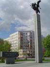 Сейчас рядом с местом захвата заложников около бывшего Театрального центра установлен памятник жертвам терроризма.