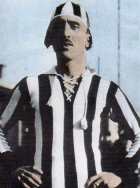 Полузащитник Карло Бигатто на протяжении всей карьеры – с 1913 по 1931 год – выступал в составе «Ювентуса», дважды став чемпионом Италии (сезоны 1925/26 и 1930/31 годов). Бигатто также провёл пять матчей в составе сборной Италии. По окончании игровой карь