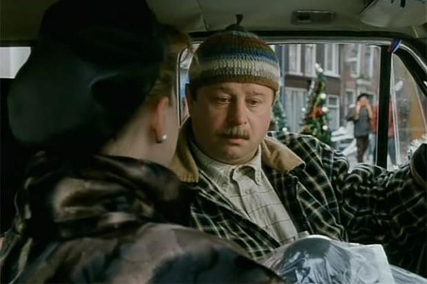 В январе 1999 года на экраны вышла комедия «Хочу в тюрьму», рассказывающая о том, как безработный инженер, оказавшийся замешанным в ограблении банка, решил спрятаться от российского правосудия в голландской тюрьме. Исполнитель главной роли Владимир Ильин