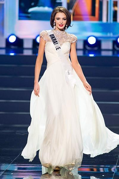 В десятку победительниц конкурса попала также представительница Украины – Ольга Стороженко, ставшая лучшей среди участниц от стран СНГ.