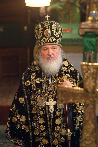 Литургия Патриарха Кирилла в Цекрви Святого Серафима Вырицкого в г. Вырица. Апрель 2009 года.