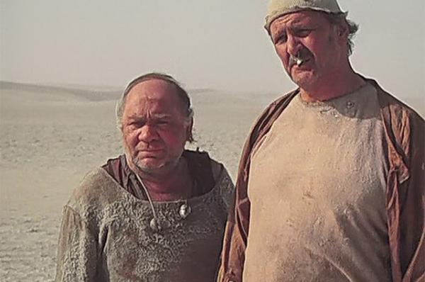 СЕвгением Леоновым вфильме «Кин-дза-дза!», 1986год.