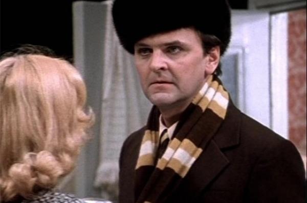 Юрий Яковлев вфильме «Ирония судьбы, или слёгким паром!», 1975год.