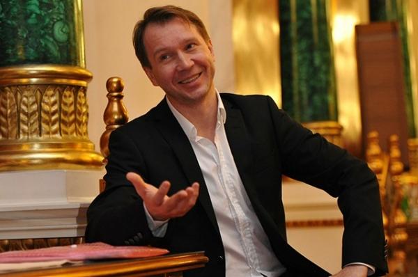 Евгений Миронов на заседании обновлённого Совета по культуре и искусству. 2012 год.