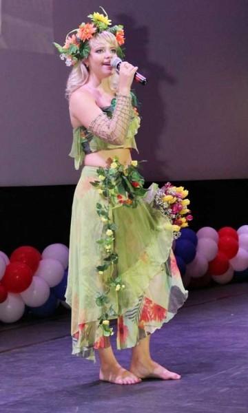 Первая «Вице-Мисс УИС-2012» Елена Булгакова в образе богини Весны