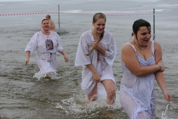 Святая вода смывает все грехи