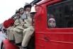 В параде Дедов Морозов приняли участие пожарные