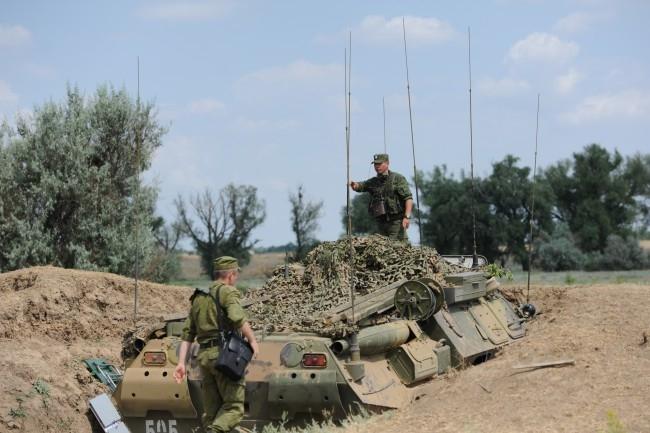 На полигон прибыло более 300 единиц военной техники