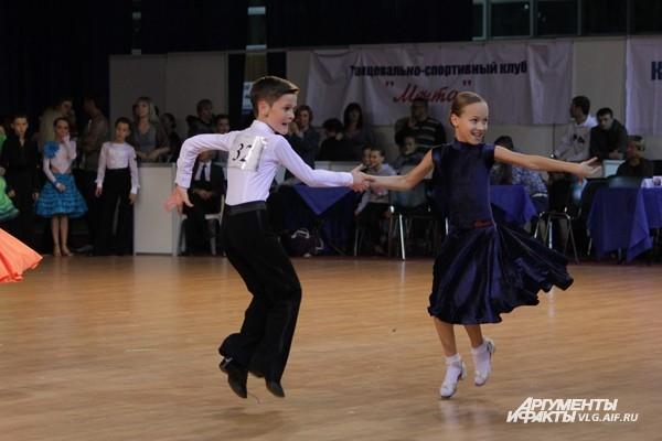 Танцоры выступили на «Большой Волге»
