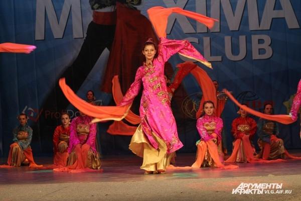 Волгоградцам продемонстрировали современные танцы
